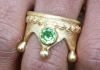 Crownring, gold plated with a peridot
